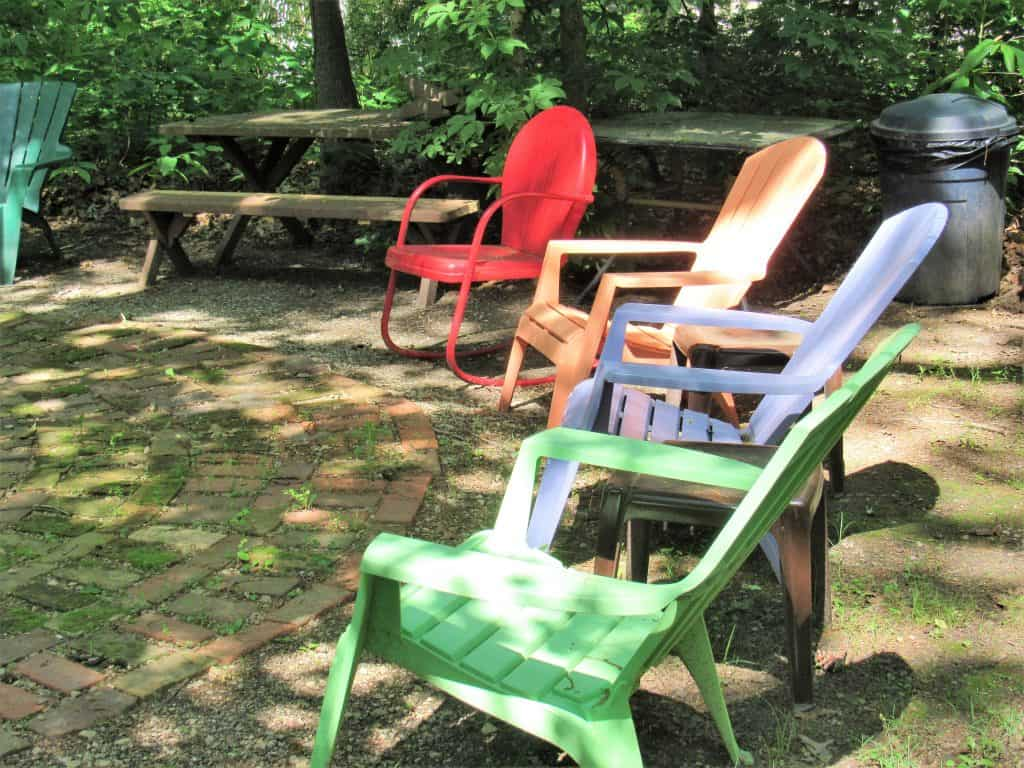 Outdoor musical chairs - Picnic