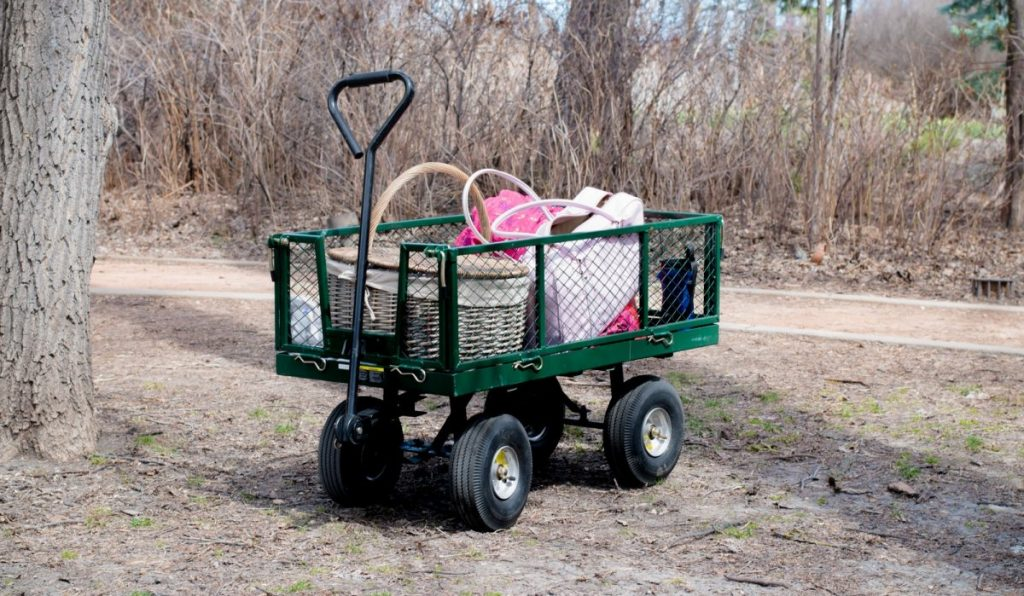 picnic wagon with wide tires