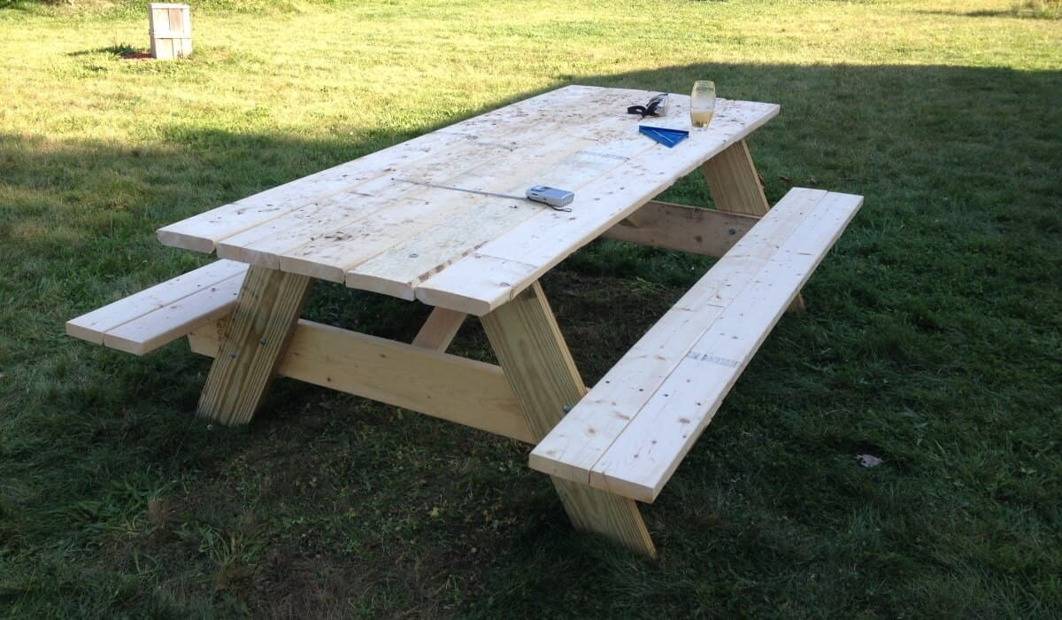 8 Easy And Cheap DIY Kids' Picnic Table Plans